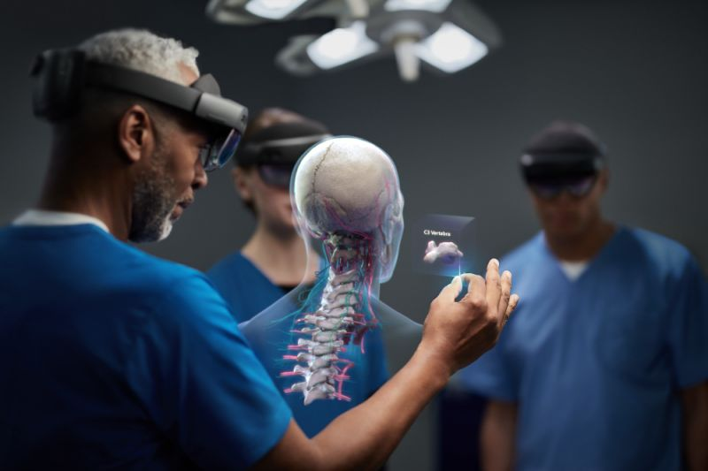 Microsoft's HoloLens 2 is meant for use on the job, rather than by mainstream consumers. (image: Microsoft)