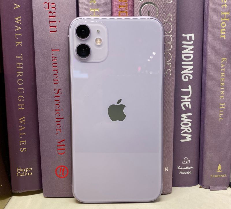 The iPhone 11 sports two cameras, one with a wide-angle lens, and one with an ultra-wide angle lens. (Image: Howley)