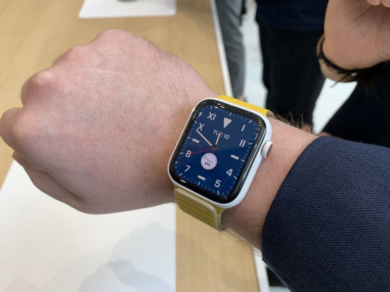 The Series 5 with its display active. (Image: Howley)