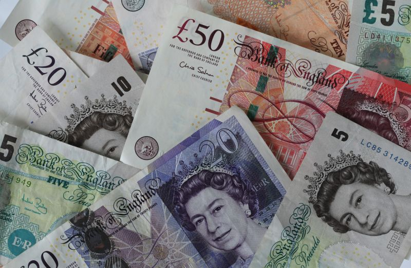 U.K. Sterling Bank Notes As Cameron Warns Of Euro Risk